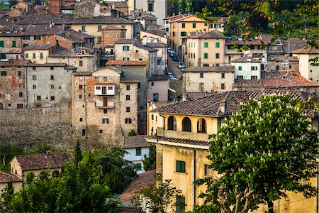 european hillside town - Buildings, Anghiari, Tuscany, Italy Stock Photo - Rights-Managed, Code: 700-06367999