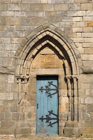 Close-Up of Door, Cathedrale Saint-Paul-Aurelien, Saint-Pol-de-Leon, Bretagne, France Stock Photo - Rights-Managed, Code: 700-06383045