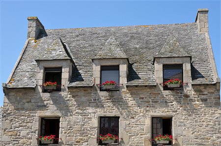 quaint house - Stone Buildings in Roscoff, Finistere, Bretagne, France Stock Photo - Rights-Managed, Code: 700-06383054