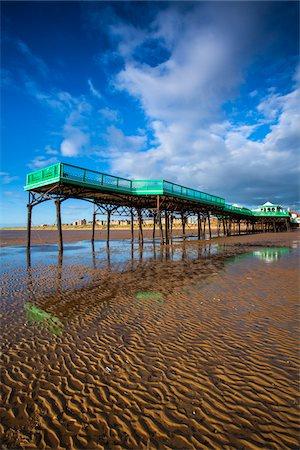 exterior bar - Pier, Lytham St Annes, Lancashire, England Stock Photo - Rights-Managed, Code: 700-06452107