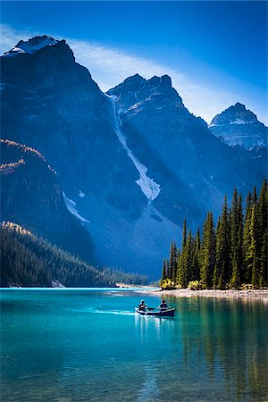 Canoeists on Moraine Lake, Banff National Park, Alberta, Canada Stock Photo - Rights-Managed, Code: 700-06465433