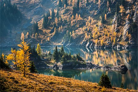 fall trees lake - Grizzly Lake in Autumn, Sunshine Meadows, Mount Assiniboine Provincial Park, British Columbia, Canada Stock Photo - Rights-Managed, Code: 700-06465493