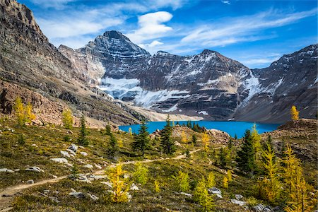 McArthur Lake and Hiking Trail in Autumn, Yoho National Park, British Columbia, Canada Stock Photo - Rights-Managed, Code: 700-06465537