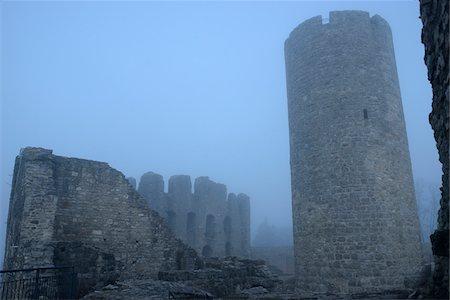 Ruins of Wolfstein Castle in Fog, Wolfstein, near Neumarkt in der Oberpfalz, Bavaria, Germany Stock Photo - Rights-Managed, Code: 700-06486497