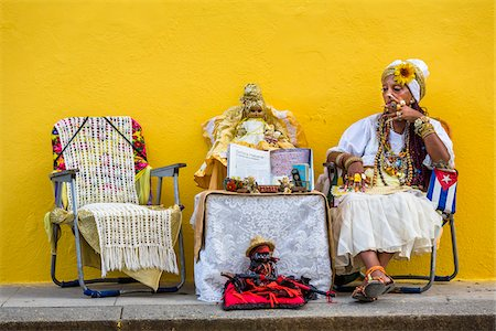 Senora Habana, a fortune teller in Plaza de la Catedral, Havana, Cuba Stock Photo - Rights-Managed, Code: 700-06486572