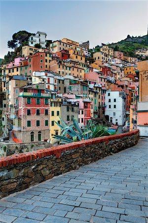 Clifftop village of Riomaggiore, Cinque Terre National Park, UNESCO World Heritage Site, Liguria, Italy Stock Photo - Rights-Managed, Code: 700-06512720