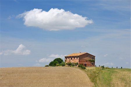 Tuscany Countryside with Farmhouse in the Summer, San Quirico d'Orcia, Province of Siena, Tuscany, Italy Stock Photo - Rights-Managed, Code: 700-06512908