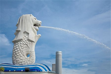 Side View of Merlion Statue, Merlion Park, Marina Bay, Singapore Stock Photo - Rights-Managed, Code: 700-06531695