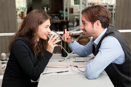 sit - Young Couple in Restaurant Drinking Red Wine Stock Photo - Rights-Managed, Code: 700-06553385