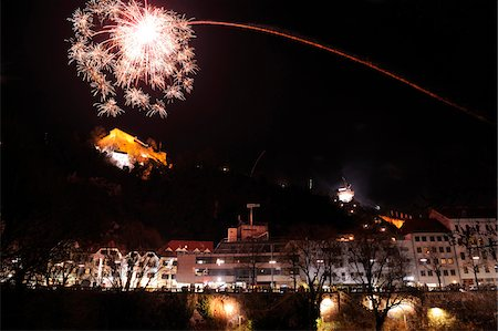 New Year's Eve Fireworks at Midnight over Schlossberg, Graz, Styria, Austria Stock Photo - Rights-Managed, Code: 700-06571003
