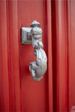 red - Close-up of door knocker, Arcachon, Gironde, Aquitaine, France Stock Photo - Rights-Managed, Code: 700-06701758