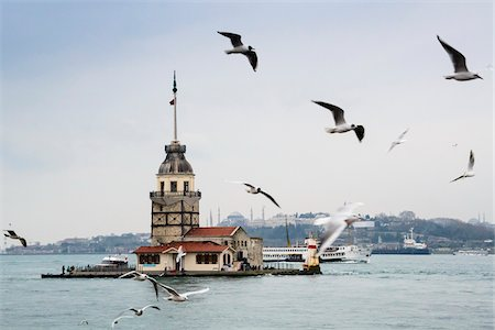 Turkey, Marmara, Istanbul, Uskudar, Maiden's Tower (Leander's Tower) over the Bosphorus Strait Stock Photo - Rights-Managed, Code: 700-06714221