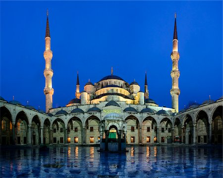 edificio - Turkey, Marmara, Istanbul, Blue Mosque, Sultan Ahmed Mosque, Courtyard at Dawn Foto de stock - Con derechos protegidos, Código: 700-06732755