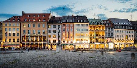 square - Germany, Bavaria, Oberbayern, Munich, Max-Joseph-Platz at Dusk Stock Photo - Rights-Managed, Code: 700-06752324
