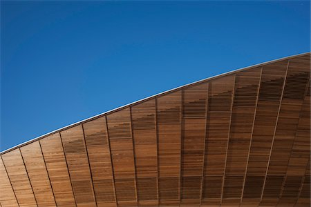 estructura - Close-Up of Cycling Velodrome built for London 2012 Summer Olympics, Stratford, East London, UK Foto de stock - Con derechos protegidos, Código: 700-06773289
