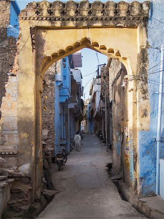 Gateway of old town center, city of Bundi, India Stock Photo - Rights-Managed, Code: 700-06782151