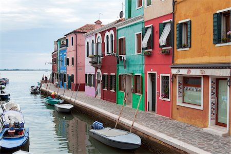 quaint house - Houses on the waterfront, Burano, Venice, Veneto, Italy, Europe Stock Photo - Rights-Managed, Code: 700-06895060