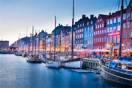 17th Century Building on Waterfront, Nyhavn, Copenhagen, Denmark Stock Photo - Rights-Managed, Code: 700-06939607