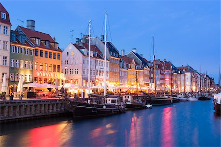 17th Century Building on Waterfront, Nyhavn, Copenhagen, Denmark Stock Photo - Rights-Managed, Code: 700-06939609