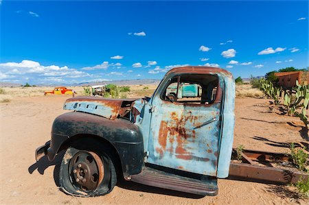 Abandoned truck, Solitaire Village, Khomas Region, near the Namib-Naukluft National Park, Namibia, Africa Stock Photo - Rights-Managed, Code: 700-06961900
