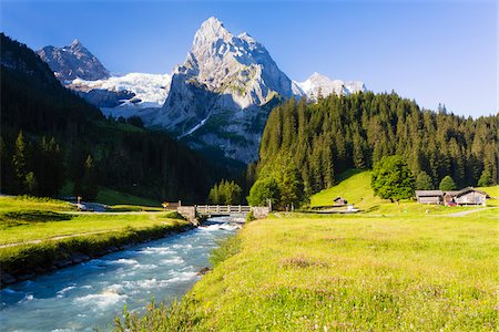 streams scenic nobody - Mountain Creek Staubbach in front of Mount Wellhorn and Rosenlaui Glacier, Bernese Alps, Bernese Oberland, Switzerland Stock Photo - Rights-Managed, Code: 700-07067003