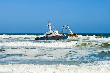 dangerous accident - Shipwreck, Skeleton Coast, Namib Desert, Namibia, Africa Stock Photo - Rights-Managed, Code: 700-07067177