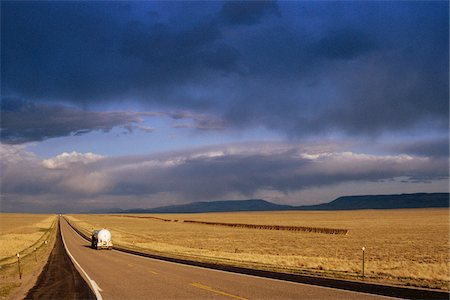 rustique - Tanker Truck on Highway, Wyoming, USA Photographie de stock - Rights-Managed, Code: 700-07199639