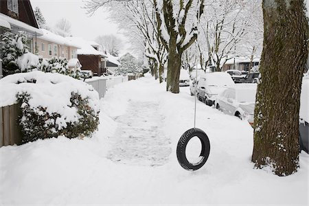 Neighbourhood Scene in Winter, Vancouver, British Columbia, Canada Stock Photo - Rights-Managed, Code: 700-07199685