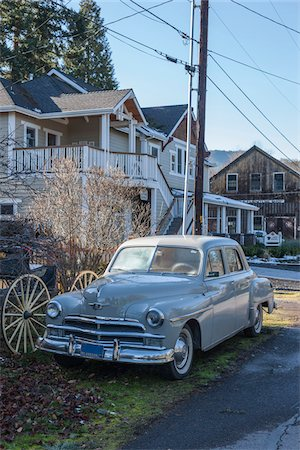 1950 Plymouth Deluxe Sedan Parked in front of House, Jacksonville, Oregon, USA Stock Photo - Rights-Managed, Code: 700-07237640
