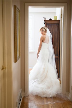pretty - Portrait of Bride Indoors, Toronto, Ontario, Canada Stock Photo - Rights-Managed, Code: 700-07278726