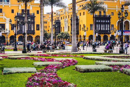peru and culture - People in public garden at Plaza de Armas, Lima, Peru Stock Photo - Rights-Managed, Code: 700-07279058