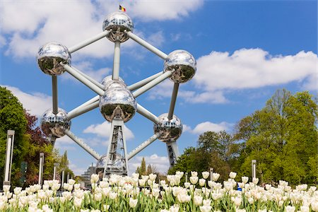 Tulips in front of Atomium, Brussels, Belgium Stock Photo - Rights-Managed, Code: 700-07279365