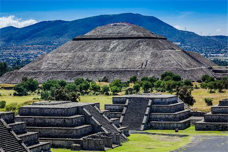 View of Plaza of the Moon and Pyramid of the Sun from Pyramid of the Moon, San Juan Teotihuacan, northeast of Mexico City, Mexico Stock Photo - Rights-Managed, Code: 700-07279479