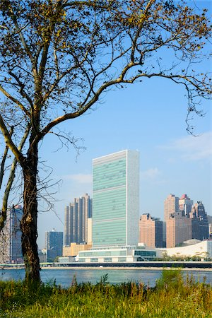View of Midtown skyline with United Nations Building, from Roosevelt Island, in Autumn, Manhattan, New York City, New York, USA Stock Photo - Rights-Managed, Code: 700-07310329