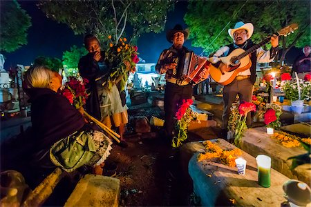 Musicians Honouring the Dead at Cemetery during Day of the Dead Festival, Old Cemetery at Xoxocotlan, Oaxaca, Mexico Stock Photo - Rights-Managed, Code: 700-07310948