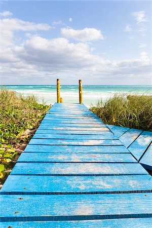 Wooden Boardwalk leading to Beach and Ocean, Cayo Coco, Ciego de Avila Province, Cuba Stock Photo - Rights-Managed, Code: 700-07311241