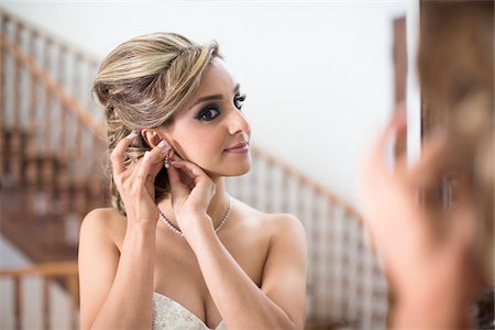 Portrait of Bride getting ready for Wedding, Toronto, Ontario, Canada Stock Photo - Rights-Managed, Code: 700-07435020