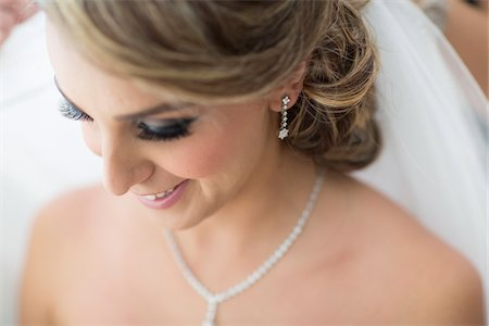 Portrait of Bride, Toronto, Ontario, Canada Stock Photo - Rights-Managed, Code: 700-07435021