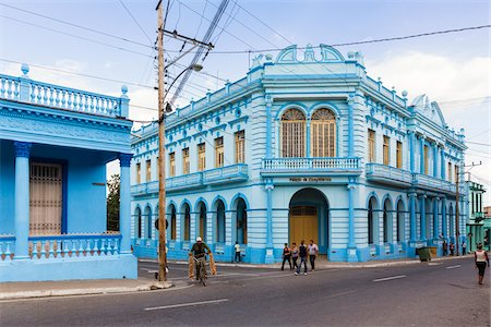 Colorful colonial architecture and people on street, Pinar del Rio, Cuba Stock Photo - Rights-Managed, Code: 700-07567424