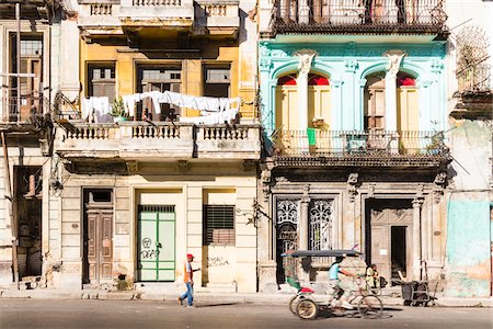 Historic architecture in Central Havana, Cuba Stock Photo - Rights-Managed, Code: 700-07567421