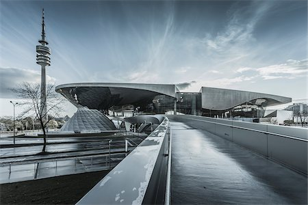 edificio - View of the BMW Welt, Munich, Bavaria, Germany. Foto de stock - Con derechos protegidos, Código: 700-07608357
