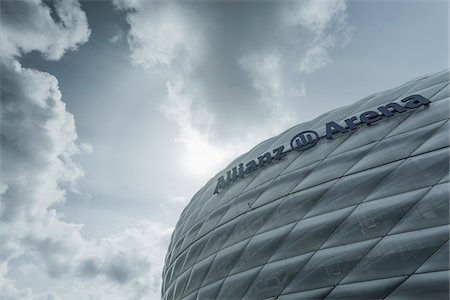 Close-up view of the Allianz Arena and cloudy sky, Munich, Bavaria, Germany. Stockbilder - Lizenzpflichtiges, Bildnummer: 700-07608350