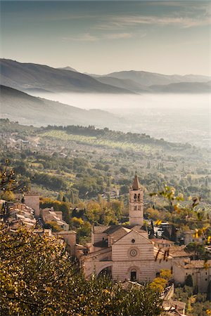 european hillside town - View of Santa Chiara's Basilica, Assisi, Umbria, Italy Stock Photo - Rights-Managed, Code: 700-07608388
