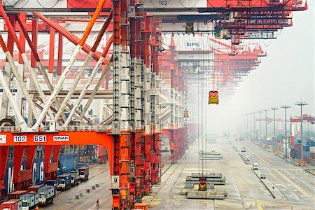 ships at sea - Yangshan Deep-Water Port, near Shanghai, Zhonghua, Hangzhou Bay, China Stock Photo - Rights-Managed, Code: 700-07672183