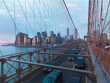 estructura - View of Lower Manhattan from Brooklyn Bridge at sunset in winter, New York City, New York, USA Foto de stock - Con derechos protegidos, Código: 700-07698688