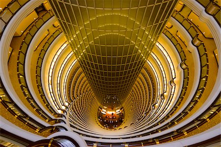 High angle view of the Grand Hyatt Hotel's hall, located in Jin Mao Tower, Pudong, Lujiazui, Financal District, Shanghai, Shanghai Shi, Zhonghua, China Stock Photo - Rights-Managed, Code: 700-07744995