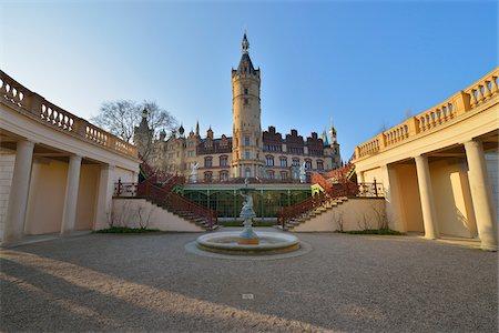 Courtyard at Schwerin Castle, Schwerin, Western Pomerania, Mecklenburg-Vorpommern, Germany Stock Photo - Rights-Managed, Code: 700-07784575