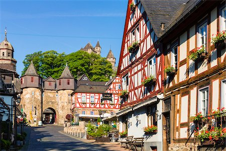 Street scene with old, half-timbered houses in the old town, Braunfels, Lahn-Dill County, Hesse, Germany Stock Photo - Rights-Managed, Code: 700-07783873
