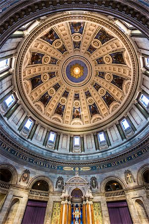 european - Low angle view of interior of dome, Frederik's Church (known as The Marble Church), Frederiksstaden, Copenhagen, Denmark Stock Photo - Rights-Managed, Code: 700-07802499