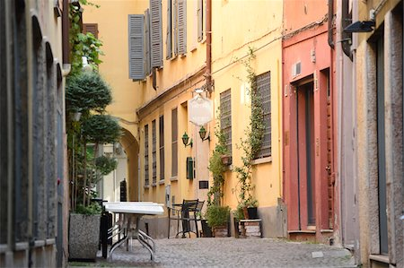 Old buildings and street in autumn, Cremona, Lombardy, Italy Stock Photo - Rights-Managed, Code: 700-07844350